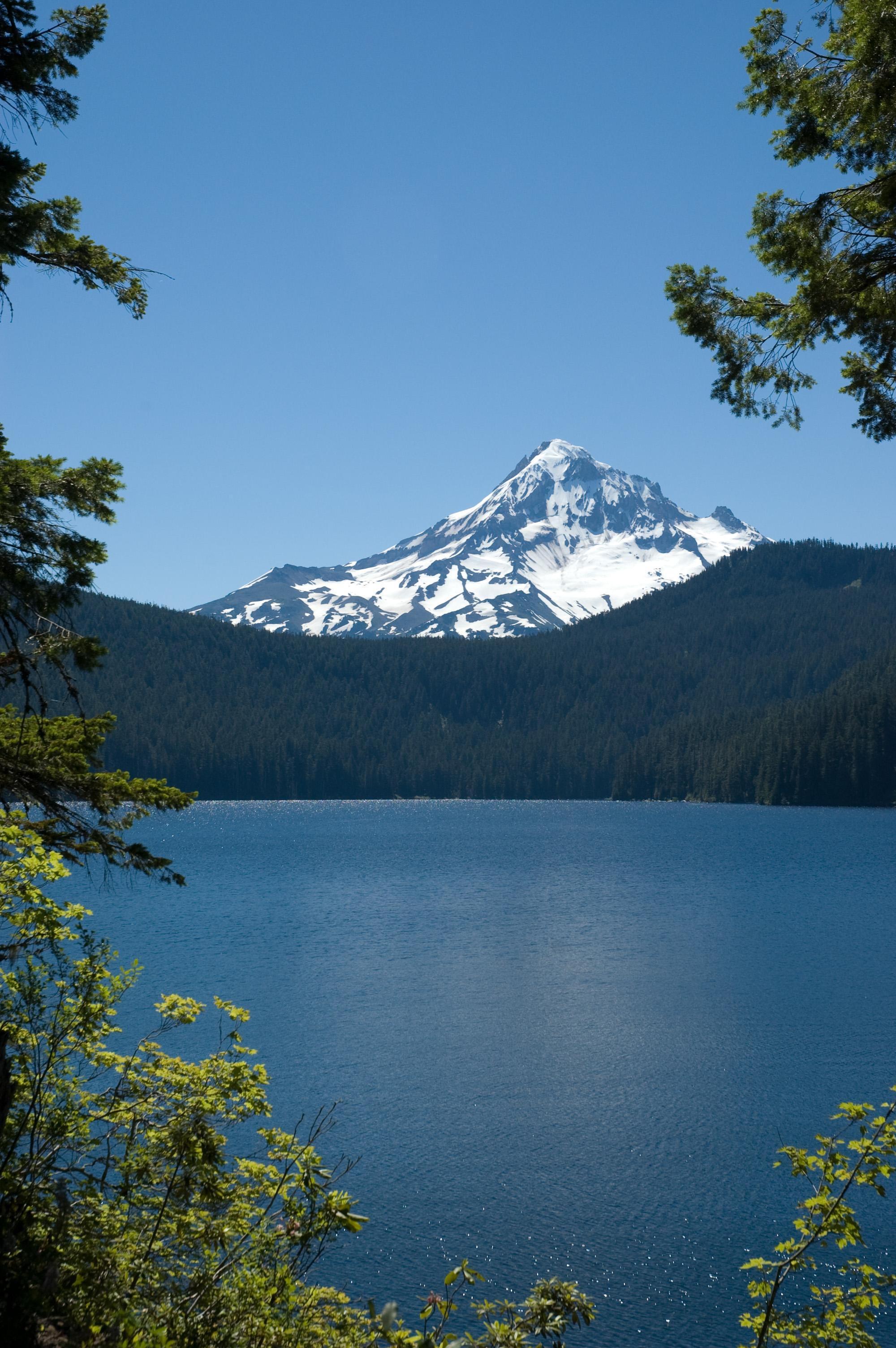 lakes of mount hood — and oregon   on mount hood